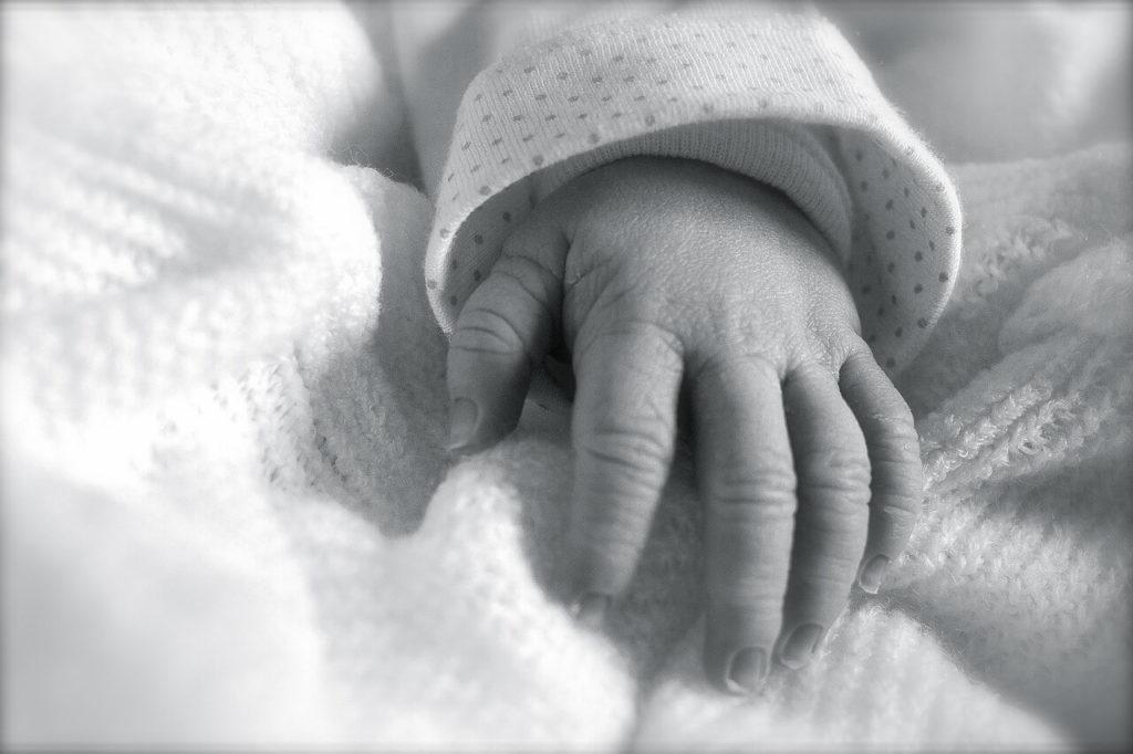 como inscribir recién nacido
